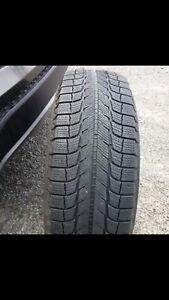 225/70/R16 Michelin set of 4 winter tires with rims