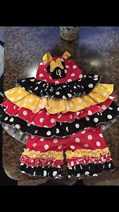 Size 4t Minnie Mouse outfit disney