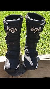 Kids youth size 5 FOX motocross boots Newcastle Newcastle Area Preview