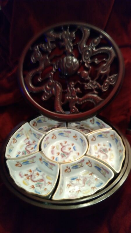 RARE BEAUTIFUL JAPANESE/CHINESE FULL DRAGON LAZY SUSAN TURN TABLE BUFFET