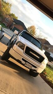 2006 f150 with 35s
