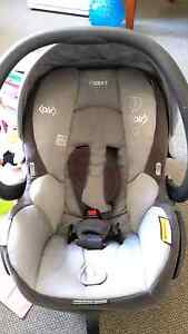 Maxi-cosi Air car seat with base Lindisfarne Clarence Area Preview