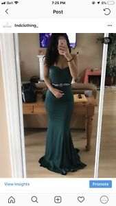 HUNTER GREEN PROM DRESS/EVENING GOWN