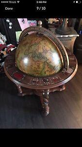 World Globe Bar