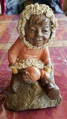 Tom Clark Figurine Kanuk 1983 Signed Retired Eskimo Girl