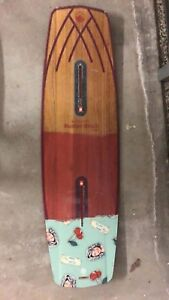 Selling used Liquid Force wakeboard butterstick 144cm and LF bag