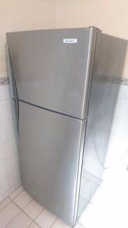 Westinghouse 420L Fridge / Freezer ( Stainless Steel)