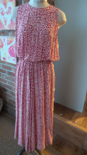 Vtg Dress Red & white abstract print  Sleeveless, Long by Ashlee Calif. Size 10