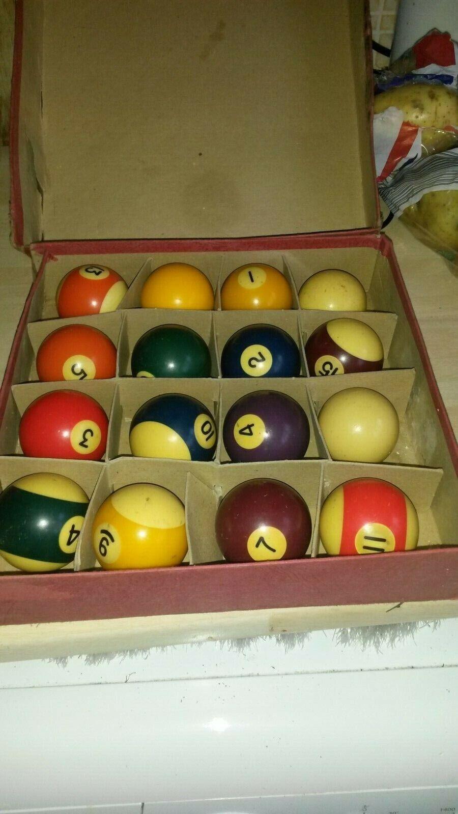 Vintage Vitalite pool balls boxed 2