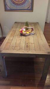 Stunning New Dining table Fremantle Fremantle Area Preview