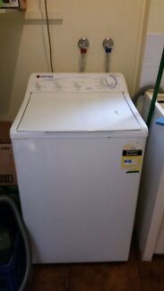 Free working washing machine - Hoover 550MB Cairns 4870 Cairns City Preview