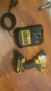 Dewalt 14.4v drill driver with battery and charger