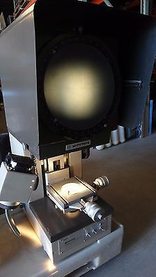 Mitutoyo Profile Projector Pj 250h Optical Comparator