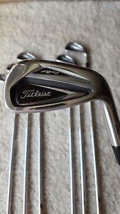 Titleist 716 AP2 golf club/iron set