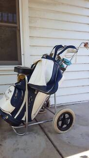 Spalding Golf Clubs (RH) with Bag and Buggy