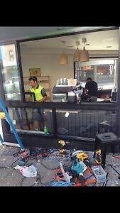 All glass repair and new frames door Georges Hall Bankstown Area Preview