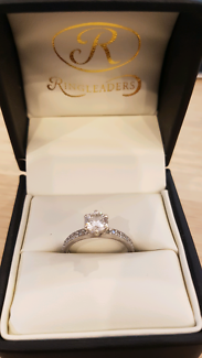 18ct solid white gold diamond 0.71ct engagement ring RRV $11500