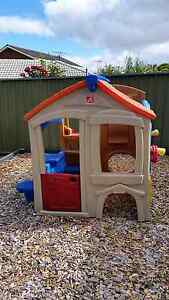 Cubby House Step2 Neighbourgood Fun Centre Hallett Cove Marion Area Preview