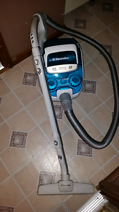 Vacuum cleaner must go Huntfield Heights Morphett Vale Area Preview