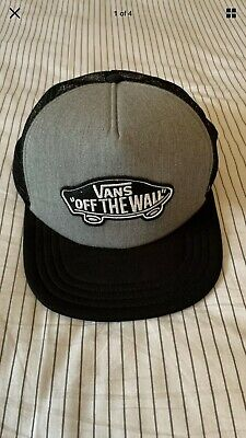 VANS Mens Classic Patch Trucker Snapback Black & Grey