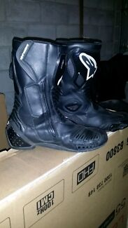 S-MX5 Alpinestars boots Greenslopes Brisbane South West Preview