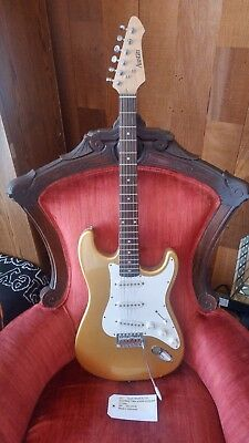 Austin AU731 Electric Guitar Gold used