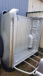 Hilux tub body Heatherbrae Port Stephens Area Preview