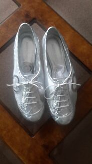 Italian designer shoes worn but in good condition size 38/39  Hawthorn Boroondara Area Preview
