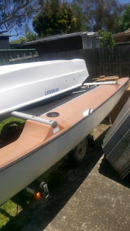 2boats for sale including 2 kayaks