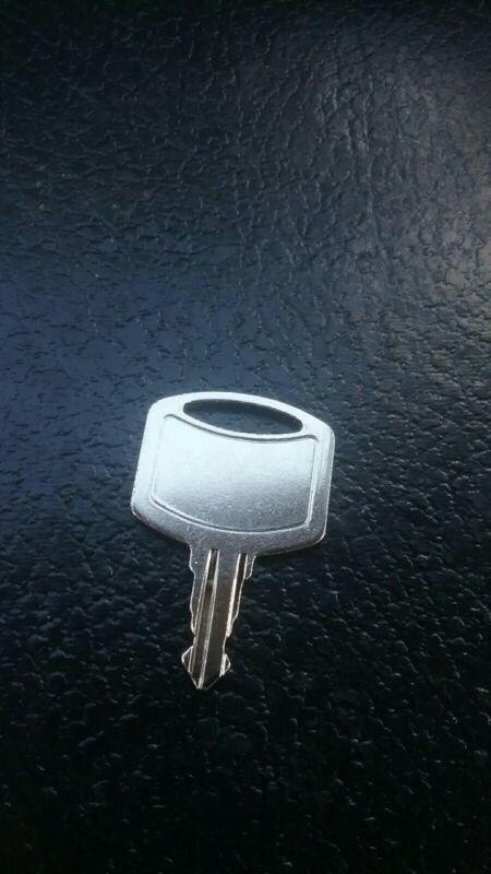 Tork #1100 Dispenser Key