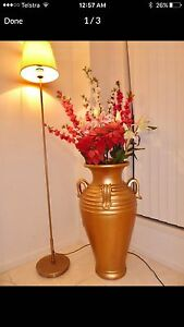 BEAUTIFUL STONE GOLD VASE/POT GREAT CONDITION Upper Coomera Gold Coast North Preview