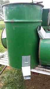 200 ltre (8 x 44gall) Drum Grain Silos & Skid (handling) Shed Calivil Loddon Area Preview