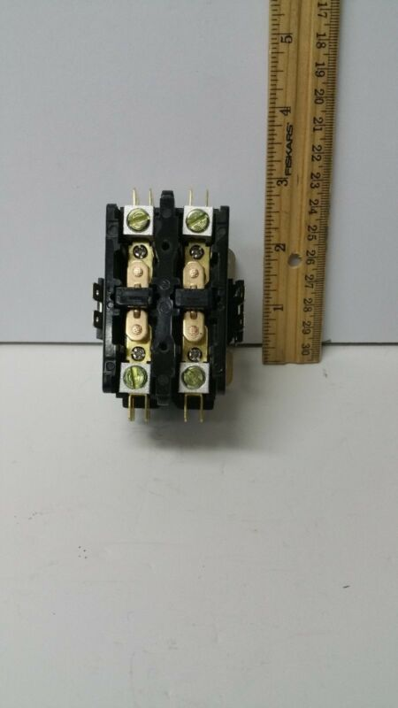 HOT TUB  CONTACTOR 40A 2P 120V COIL Universal Part