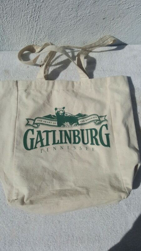Gatlinburg Tennessee Canvas Tote Bag with Bear