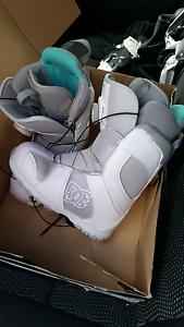 DC size 7 women's snowboard boots Wonthaggi Bass Coast Preview