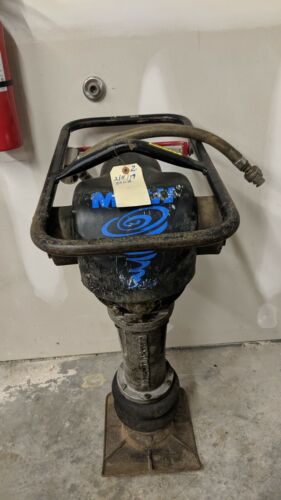 JUMPING JACK AIR POWERED MBW TAMPER RAMMER WORKS FINE