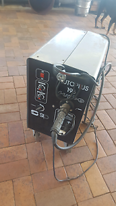 Dual purpose mig welder New Beith Logan Area Preview