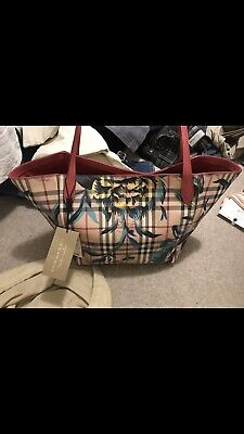 BNWT Woman Burberry Tote Bag Waterproof Canvas New