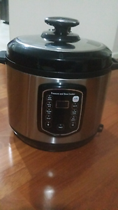 As New Kogan Brand Electric Pressure Cooker & Slow cooker Bassendean Bassendean Area Preview