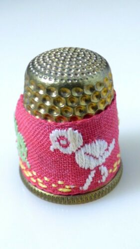 Vintage Petit Point Thimble Chicks Ducks Needlepoint Gold Brass Collectible
