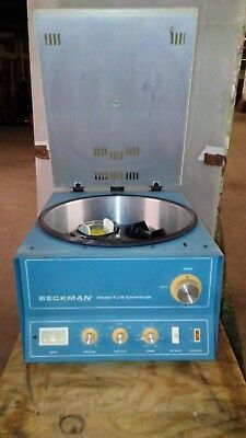 Used Beckman Centrifuge Model Tj-6 W Th-4 Rotor Buckets Approx. 2600 Rpm Max