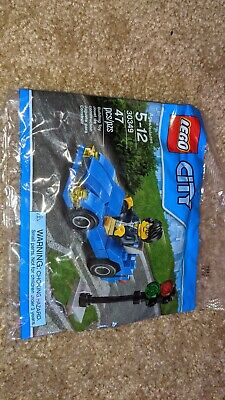 Lego - NEW 2016 City Town Sports Car Polybag 30349 SEALED