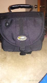 Lowepro EX 140 DSLR camera bag