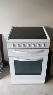 WESTINGHOUSE STOVE OVEN CERAMIC TOP FAN FORCED