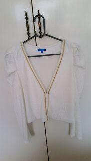 Valleygirl size L jacket Silkstone Ipswich City Preview