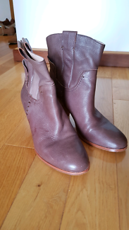 Urban Soul leather mid heel boots