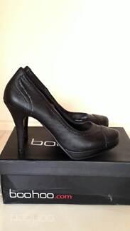 Boohoo high heel shoes Labrador Gold Coast City Preview