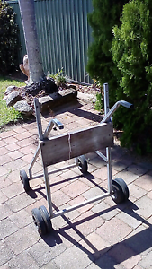 H/D outboard trolley Victoria Point Redland Area Preview