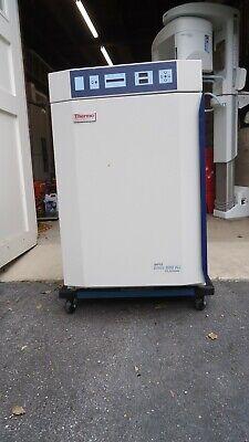 Thermo Scientific Napco Series 8000 Wj Co2 Incubator 3586