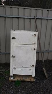 Ice chest circa 1940s Greenwith Tea Tree Gully Area Preview